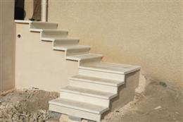 Fabricant escaliers pr fabriqu s en kit ext rieurs for Escalier pierre reconstituee